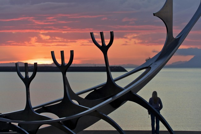 Sonnenuntergang beim Sólfar, ©Sabine Burger, Alexander Schwarz, IMG_3505__2010-06-25_00-12-11_aA