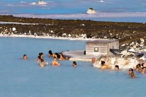 Erholung pur im geothermalen Wasser der Bláa Lónið, ©Sabine Burger, Alexander Schwarz, 2011-06-08__MG_0561_00208