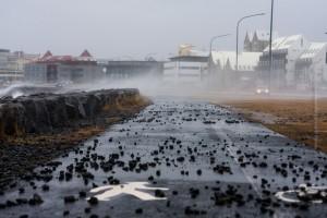 Wenn's in Reykjavík mal richtig stürmt ... ©Sabine Burger, Alexander Schwarz, 2012-11-02__MG_4876_00020