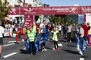 Geschafft! Der Reykjaik-Marathon findet während der Menningarnótt statt. ©Sabine Burger, Alexander Schwarz, 2011-08-20__MG_6923_00063