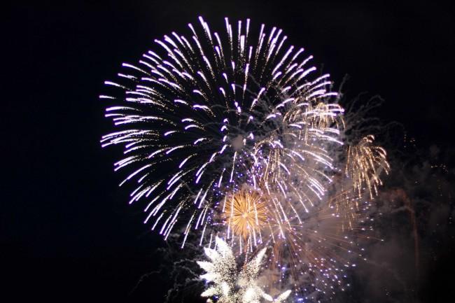 Zum Abschluss der Eröffnung der neuen Kultursaison in Reykjavík gibts ein großes Feuerwerk. ©Sabine Burger, Alexander Schwarz, 2011-08-20__MG_7805_00253