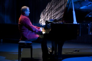 Hot Eskimos, Reykjavik Jazz Festival 2012, Harpa, 1. September, Karl Olgeirsson (Piano), ©Sabine Burger, Alexander Schwarz, 2012-09-01__MG_2000_00001