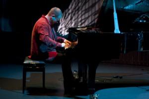 Hot Eskimos, Reykjavik Jazz Festival 2012, Harpa, 1. September, Karl Olgeirsson (Piano), ©Sabine Burger, Alexander Schwarz, 2012-09-01__MG_2028_00012