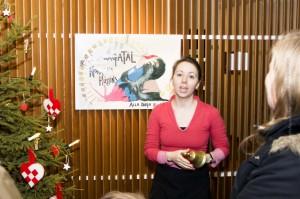 Immer für eine Überraschung gut: der künsterische Adventskalender in Norræana husið, ©Sabine Burger, Alexander Schwarz, IMG_2070__2009-12-18_14-36-28_aA