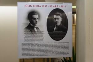 Der Autor und Lyriker Jóhannes úr Kötlum und der Zeichner Trygvvi Magnússon; Fotos der beiden auf einem Plakat zur Ausstellung des 80-jährigen Publikationsgeschichte von Jólin koma. ©Sabine Burger, Alexander Schwarz, 2012-12-11__MG_6602_00011