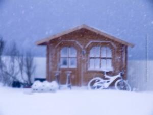 Bis zur nächsten Fahrrad-Saison ... ©Sabine Burger, Alexander Schwarz, Island - Iceland 2008 03