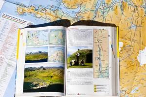 Detaillierte Straßenkarte, Stadtpläne und viel historische und aktuelle Informationen gibts im Island Autoatlas. ©Sabine Burger, Alexander Schwarz, 2013-07-30__MG_7459_00020