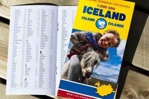 Die Touristenkarte im Maßstab 1:500.000 enthält auch ein einen Ortsindex mit Planquadrat. ©Sabine Burger, Alexander Schwarz, 2013-07-30__MG_7467_00023