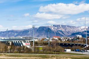 Im idyllisch und doch mitten in der Stadt liegenden Stadion Laugardalsvöllur bestreitet das isländische Team seine Heimspiele (Rudi Völler wird sich erinnern). ©Sabine Burger, Alexander Schwarz, 2012-05-08__MG_7805_00023