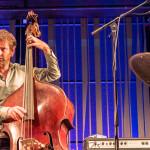 Gilad Hekselman Trio: Gilad Hekselman (g), Joe Martin (b), Kush Abadey (d), ©Sabine Burger, Alexander Schwarz, 2016-08-12_L1010760_00117